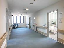 病室フロアの写真